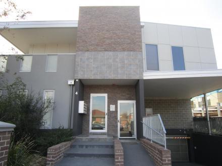 2/4 Cummings Street, Brunswick West, Vic 3055