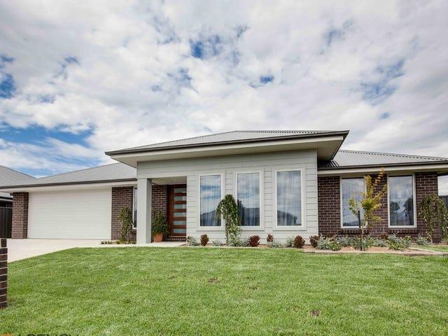 17 Taloumbi Place, Orange, NSW 2800