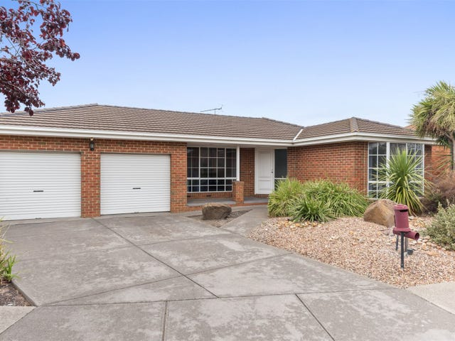 11 Hayes Court, Lovely Banks, Vic 3213