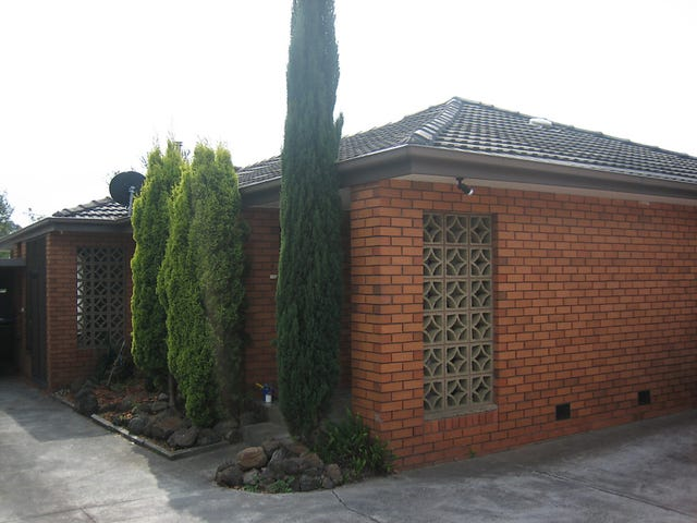 4/2  Coorie Avenue, Bayswater, Vic 3153