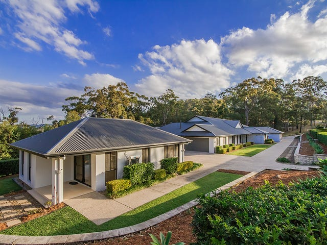 222 Chesterfield Drive, Bonogin, Qld 4213