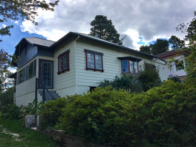 12 Inconstant St, Blackheath, NSW 2785