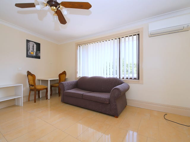 7A Ayres Crescent, Georges Hall, NSW 2198