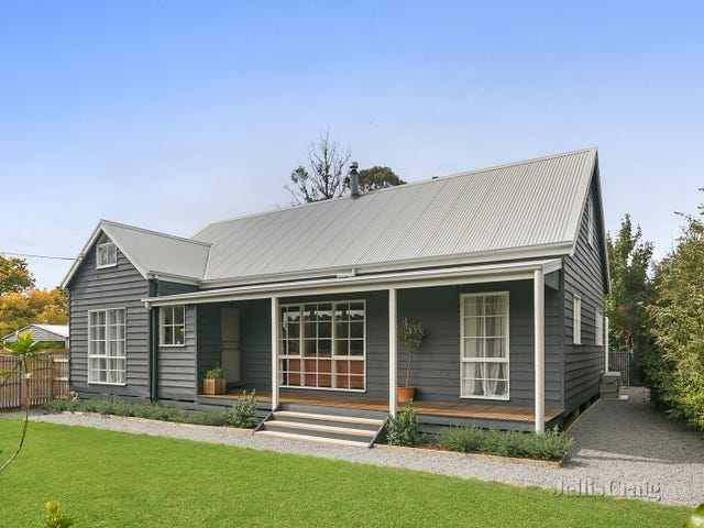 56 East Street, Woodend, Vic 3442