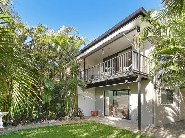 2/4 Advance Place, Sunrise Beach, Qld 4567