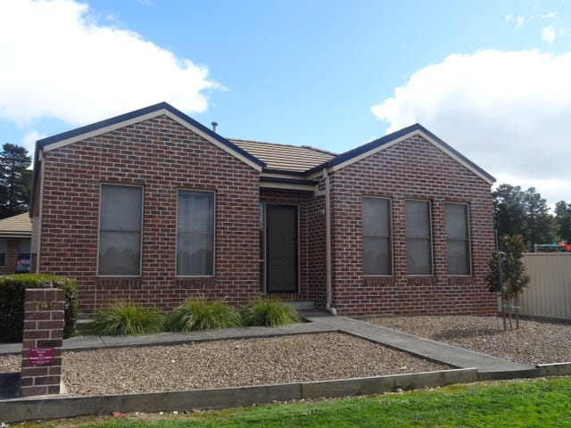 2/740 Geelong Road, Canadian, Vic 3350