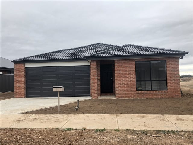 25 Parkview Boulevard, Huntly, Vic 3551