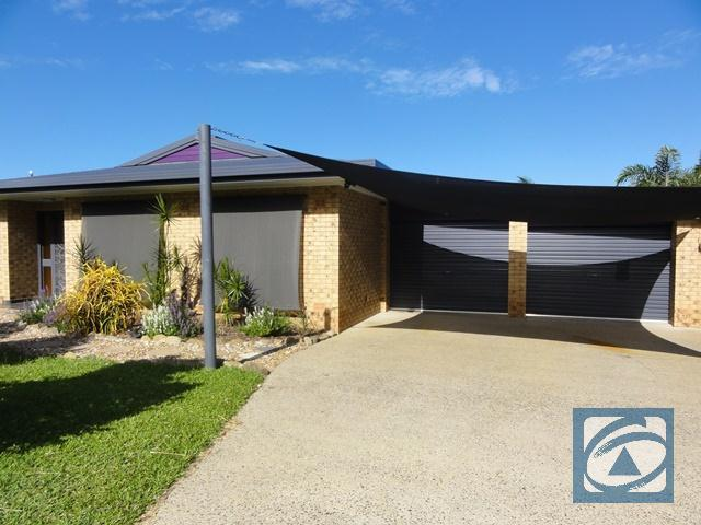 10 Ponticello Street, Whitfield, Qld 4870