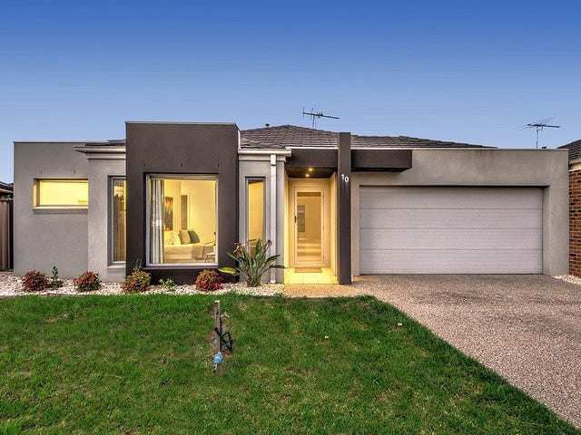 10 Scullin Road, Burnside Heights, Vic 3023