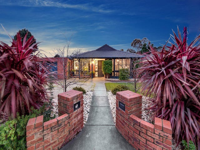 17 Greenacre Crescent, Narre Warren, Vic 3805