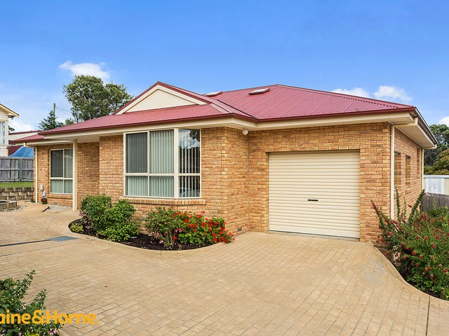 4/4 Home Avenue, Blackmans Bay, Tas 7052