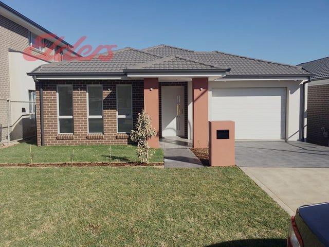 16 Stapleton Ave, Colebee, NSW 2761