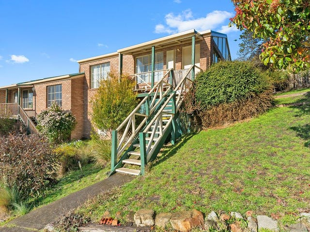 9/1-2 Allport Place, Lenah Valley, Tas 7008