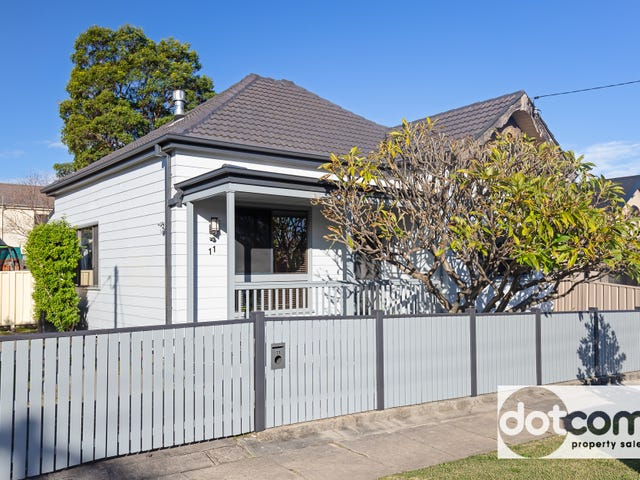 11 Fawcett Street, Mayfield, NSW 2304
