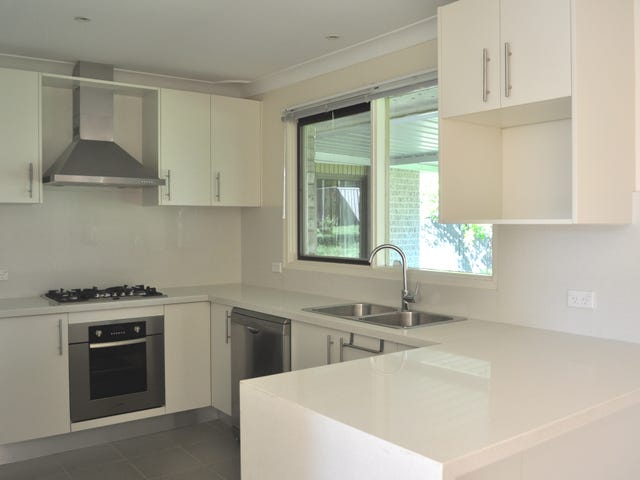 43 Peel Rd, Baulkham Hills, NSW 2153