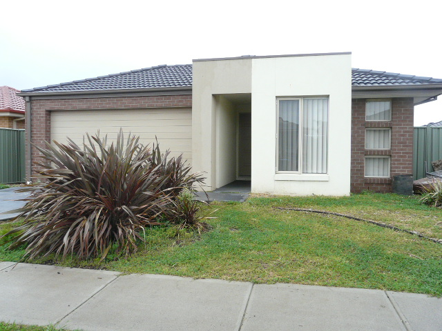 10 Langley Avenue, Wyndham Vale, Vic 3024