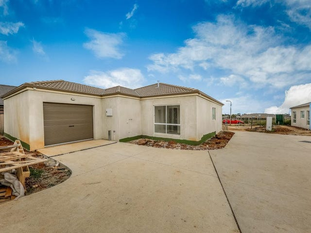 1/10 Reidy Rise, Melton West, Vic 3337