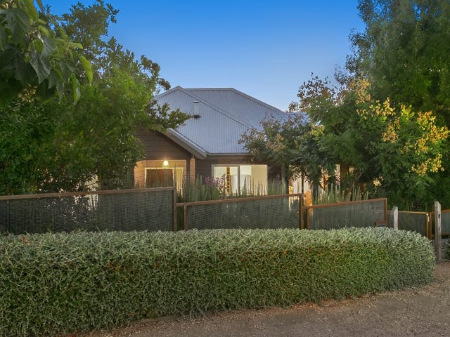 11 Tenth Street, Hepburn Springs, Vic 3461
