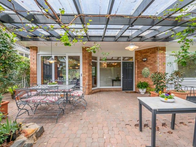 15 Beverley Crescent, New Lambton Heights, NSW 2305