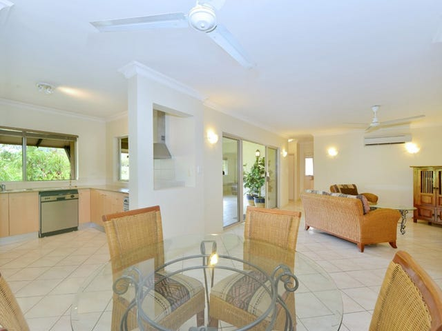 1630/2 Greenslopes Street, Cairns North, Qld 4870