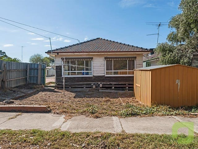 28 Johnston Street, Newport, Vic 3015