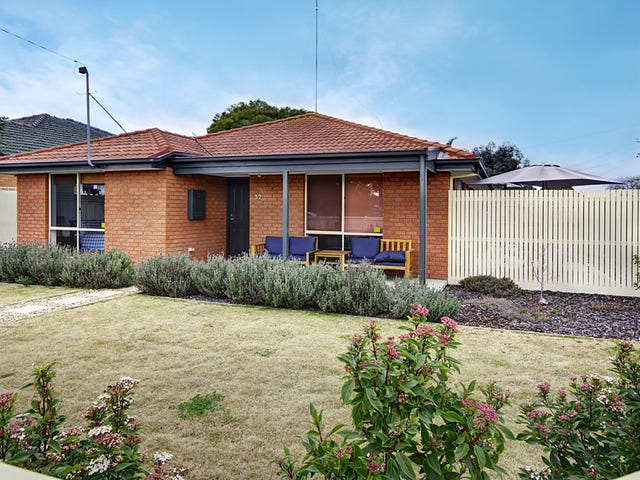 32 Regent Street, Whittington, Vic 3219