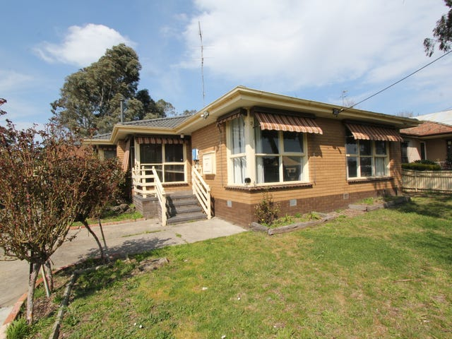 27 Lightfoot Avenue, Mount Pleasant, Vic 3350