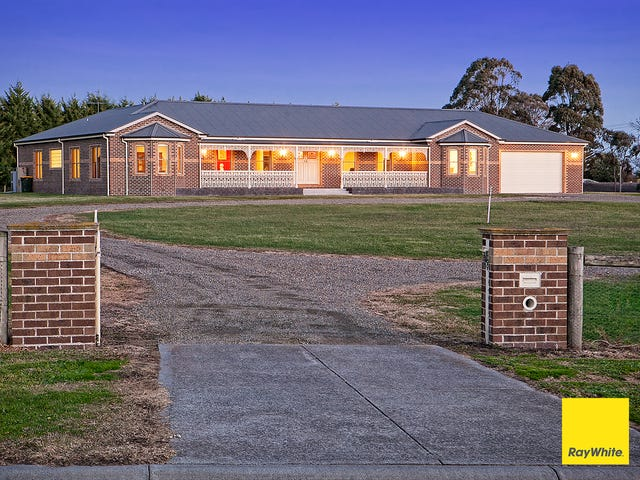 11 Garden Brae Court, Langwarrin South, Vic 3911