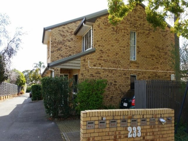 1/233 Hume Street, South Toowoomba, Qld 4350