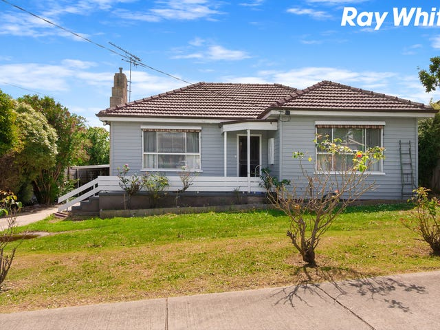 11 Campbell Street, Garfield, Vic 3814