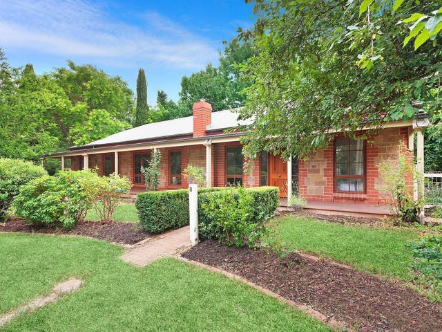 8 Lot Street, Gundaroo, NSW 2620
