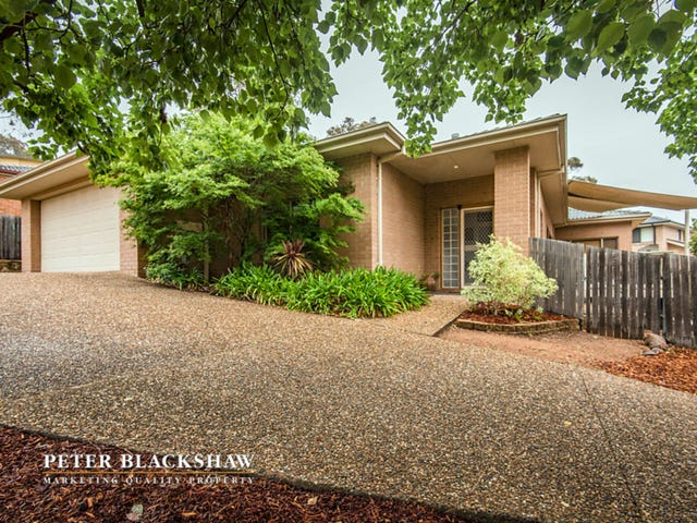 17 Magnolia Close, Jerrabomberra, NSW 2619