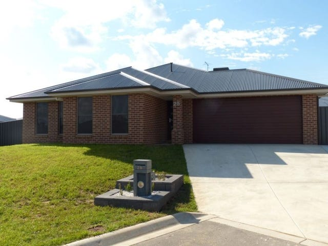 25 Pioneer Place, Thurgoona, NSW 2640
