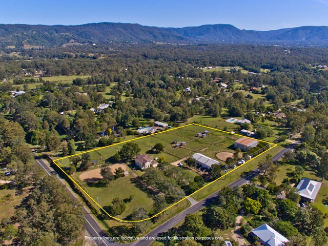 1 Richards Road, Camp Mountain, Qld 4520
