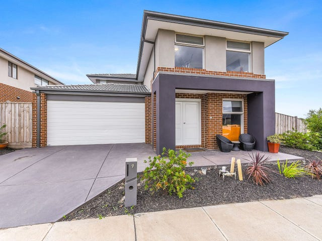 9 Green Gully Road, Clyde, Vic 3978