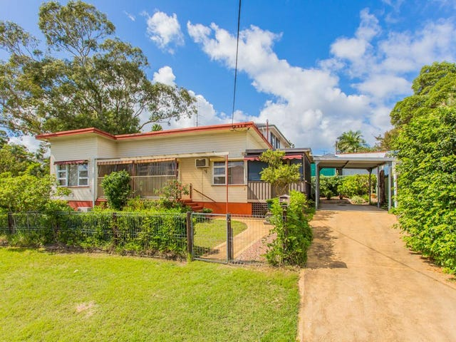 2 Lake Road, Fennell Bay, NSW 2283