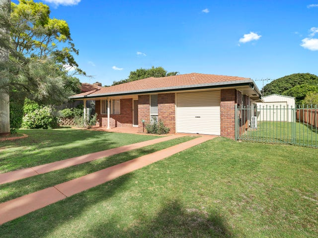18 Radford Road, Manly West, Qld 4179