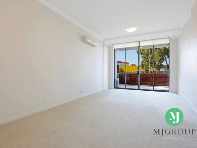 64/3-17 Queen Street, Campbelltown, NSW 2560