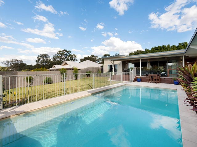 65 Pine County Place, Bellbowrie, Qld 4070