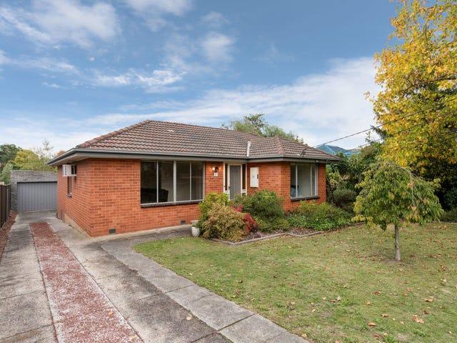 37 Blackburn Road, Mooroolbark, Vic 3138