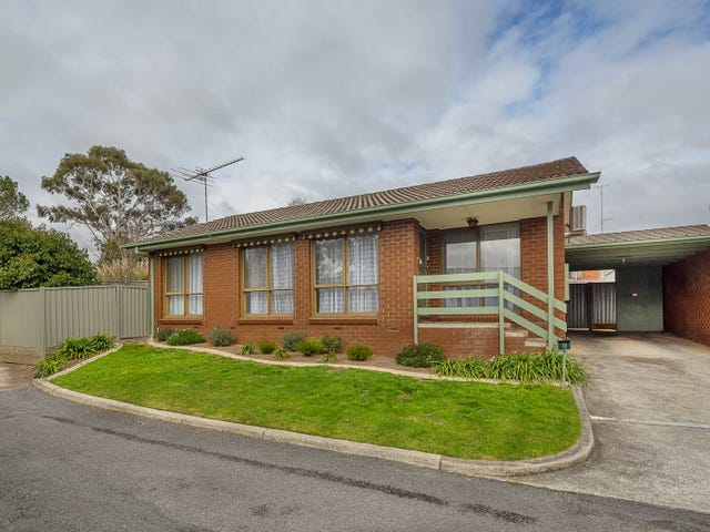 13 The Grange, Soldiers Hill, Vic 3350