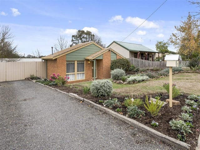 31 Jacobs Avenue, Kyneton, Vic 3444