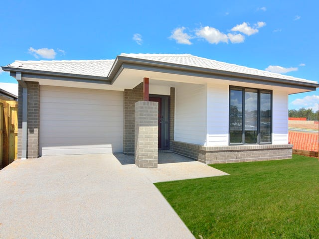 22 Beaufortia Street, Deebing Heights, Qld 4306
