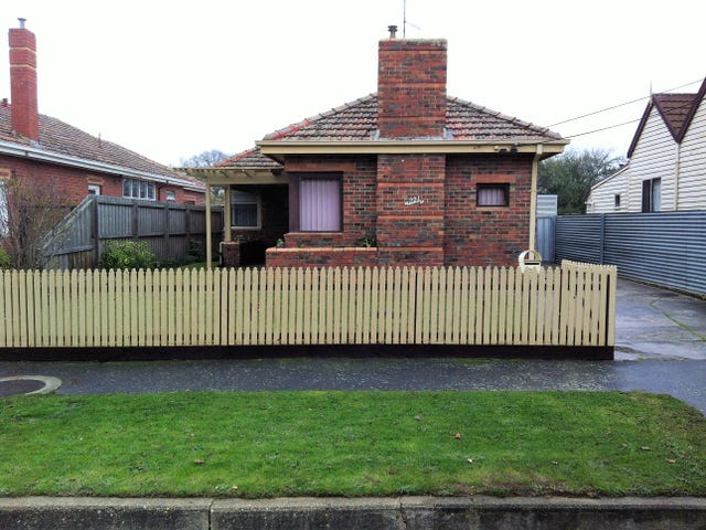 221 Clyde Street, Soldiers Hill, Vic 3350