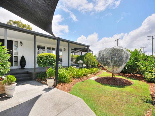 5 Kilmartin Esplanade, Biggera Waters, Qld 4216