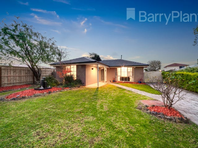 10 Barrington Drive, Pakenham, Vic 3810