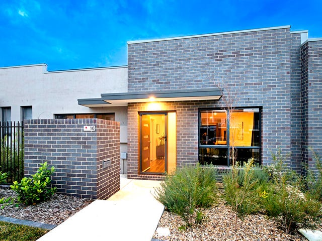10 Finemore Street, Coombs, ACT 2611