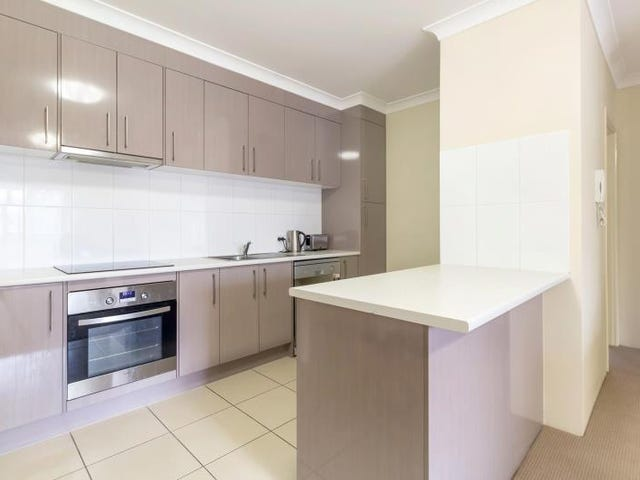 14/4 Sykes Court, Southport, Qld 4215