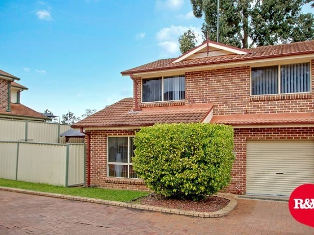 2/44-46 Luttrell Street, Glenmore Park, NSW 2745