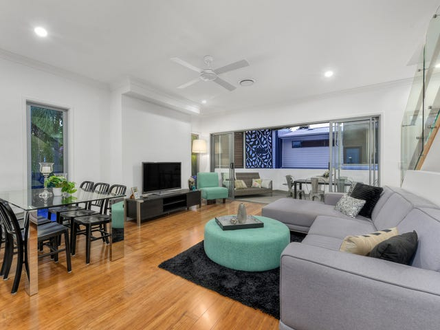 15/51 Railway, Norman Park, Qld 4170